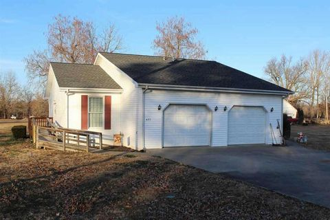 Photo of 425 E 2nd Ave, Calvert City, KY 42029