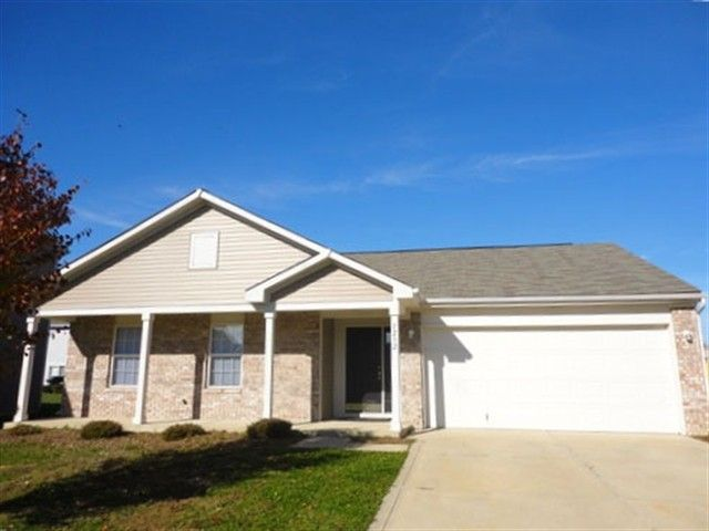 1232 Grand Canyon Ct, Franklin, IN 46131