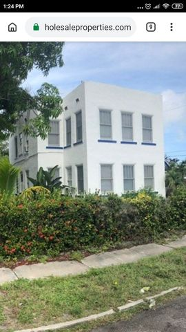 Photo of 502 20th Avenue Lk N, Lake Worth, FL 33460