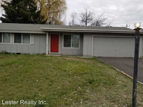 Photo of 4813 Memorie Ln, Klamath Falls, OR 97603