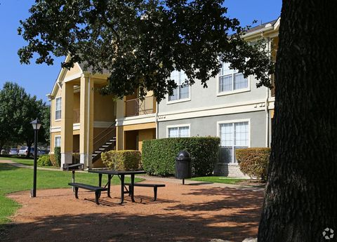 Photo Of 11908 Anderson Mill Rd Austin TX 78726