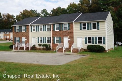 Photo of 6525 Commons Dr, Prince George, VA 23875
