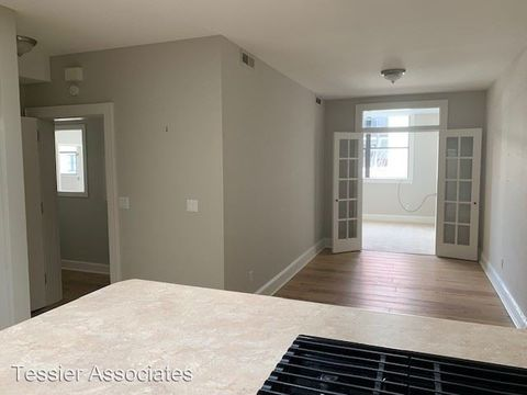 Photo Of 36 Battery Park Ave Asheville Nc 28801 Apartment For Rent