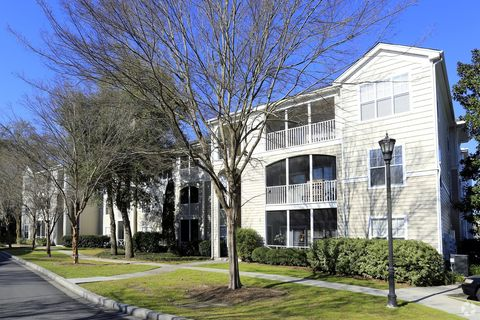 Photo of 325 Midland Pkwy, Summerville, SC 29485