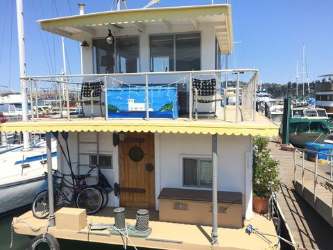 225 Locust St, Sausalito, CA 94965