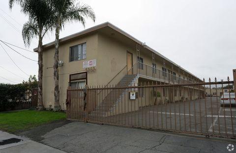 Photo of 5250-5252 Elizabeth St, Cudahy, CA 90201
