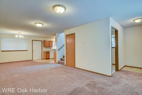 Photo of 1335 Nw Elwha St, Oak Harbor, WA 98277