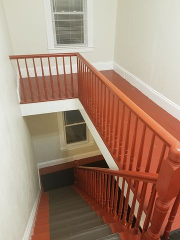 Photo of 995 Central St # 995 B, Lowell, MA 01852
