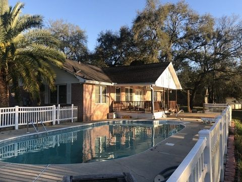 Photo of 2699 W Roberts Rd, Cantonment, FL 32533