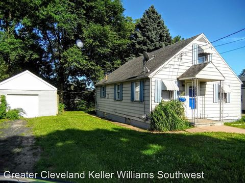 1524 Clarendon Ave Sw, Canton, OH 44706