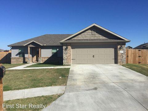 1631 Omaha Dr, Prairie Grove, AR 72753