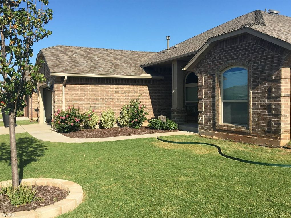 708 Sw 43rd St, Moore, OK 73160