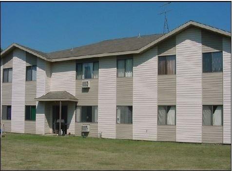606 9th St Apt 8, Brewster, MN 56119