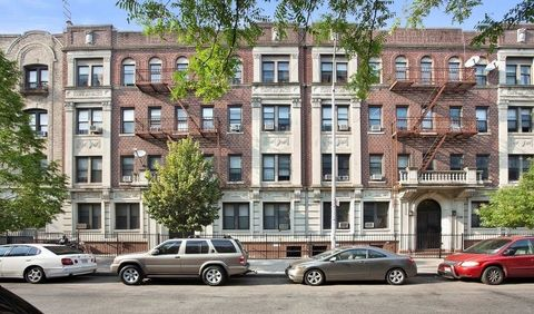 1153 President St, Brooklyn, NY 11225. Apartment For Rent