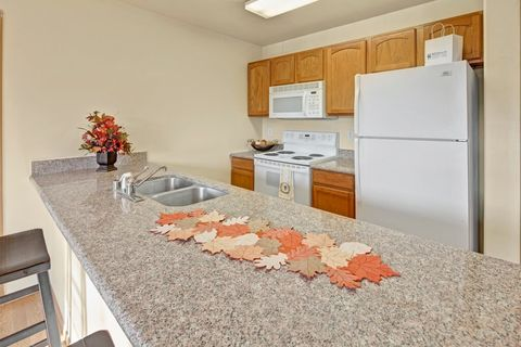 Photo of 3235 E Cottle Loop Rd, Wasilla, AK 99654