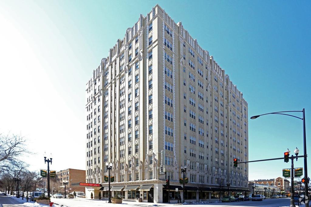 Greater Grand Crossing Chicago IL Apartments For Rent