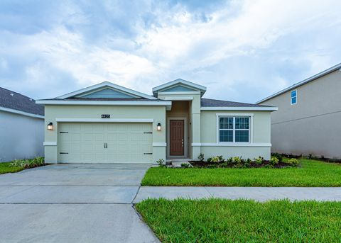 Photo of 4435 Seven Canyons Dr, Kissimmee, FL 34746