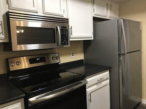 Photo of 7200 Sw 8 Ave Apt G42, Gainesville, FL 32607