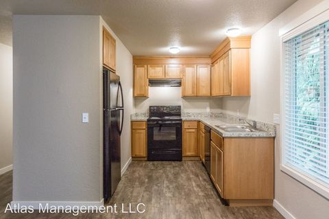 Photo of 1570-1590 James St, Woodburn, OR 97071