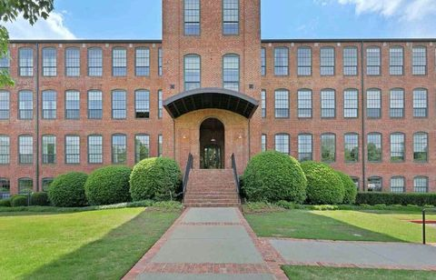 Photo of 400 Mills Ave Unit 402, Greenville, SC 29605