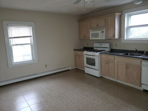 Photo of 87 Water St # 2, Danvers, MA 01923