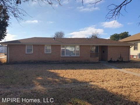 Photo of 1501 Lakin Ave, Great Bend, KS 67530