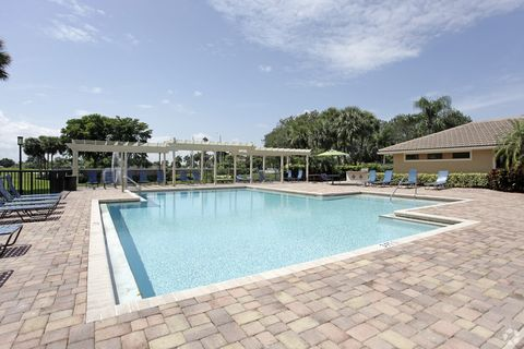 Photo of 6701 W Oakland Park Blvd, Fort Lauderdale, FL 33313
