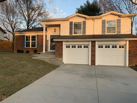 Photo of 329 Morningside Dr, Saint Peters, MO 63376