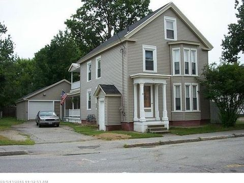 Photo of 48 Drummond St Apt A, Auburn, ME 04210