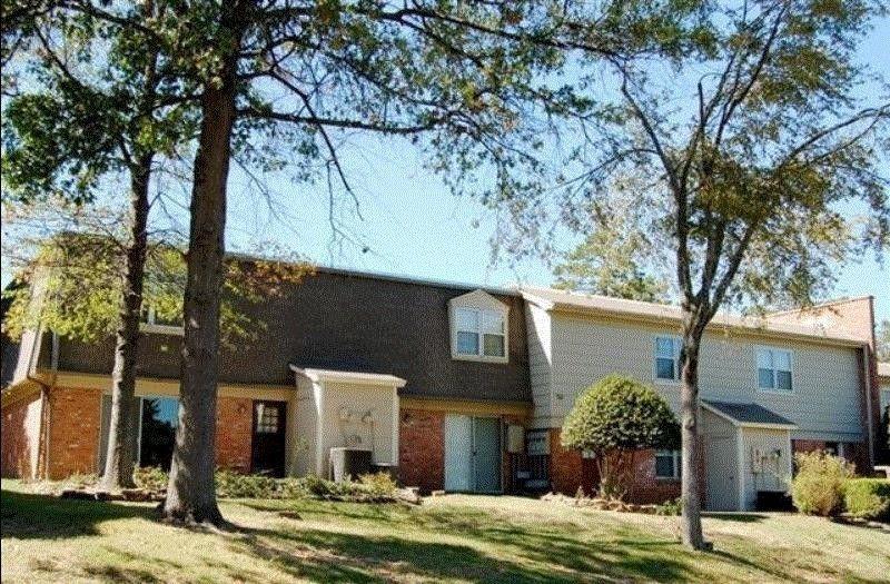 1420 Breckenridge Dr, Little Rock, AR 72227