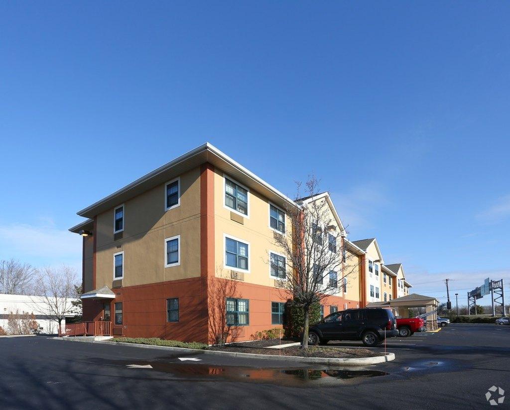 adult apartment rental 08034