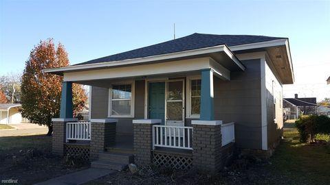 Photo of 949 E Maple St, Cushing, OK 74023