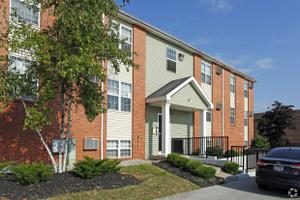 Apartments for Rent at 4841 Monroe St, Toledo, OH, 43623 - River ...