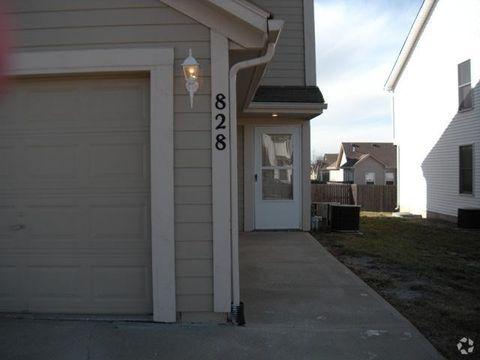 Photo of 867 N Evergreen St, Gardner, KS 66030
