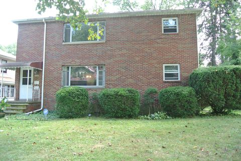 Photo of 2471 4th St # 2, Cuyahoga Falls, OH 44221