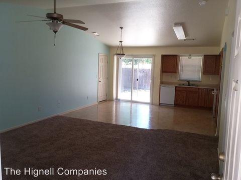 Photo of 2423 Wyndham Ln, Redding, CA 96001