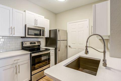 Saint Petersburg Fl Apartments For Rent Realtor Com 174