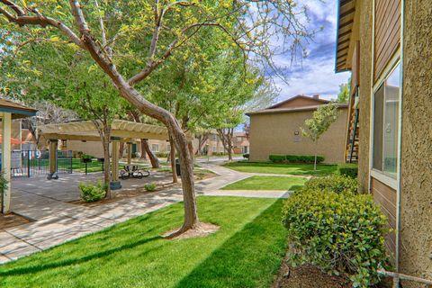 Photo of 43519 Kirkland Ave, Lancaster, CA 93535