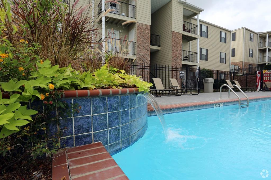 the belmont | 147 place blvd | apartment for rent