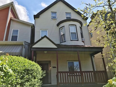 Photo of 718 N Euclid Ave, Pittsburgh, PA 15206