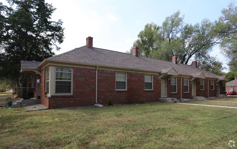 Photo of 2002-2008 S Hydraulic St, Wichita, KS 67211
