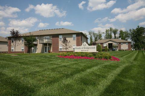 Photo of 5405 Warwickshire Dr, Louisville, KY 40213