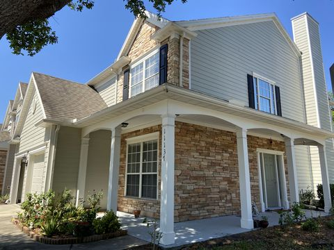 Photo of 11137 Fallgate Point Ct, Jacksonville, FL 32256