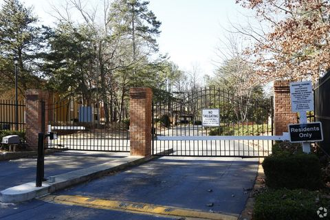 Photo of 1700 Weatherly Dr, Stone Mountain, GA 30083