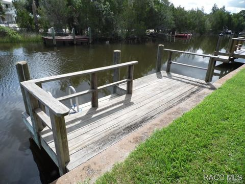 Photo of 11567 W Bayshore Dr Bch, Crystal River, FL 34429