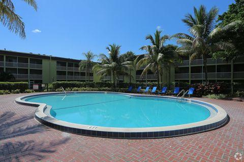 Photo of 550 Kirk Rd, Lake Worth, FL 33461