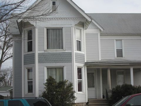 Photo of 1728 I St 1728 I St Unit 3, Bedford, IN 47421