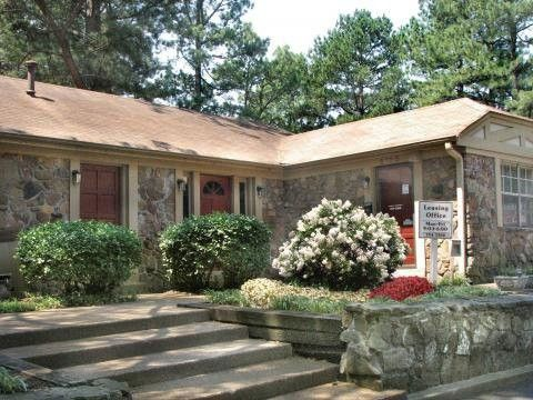 Photo of 6755 Poplar Ave, Germantown, TN 38138