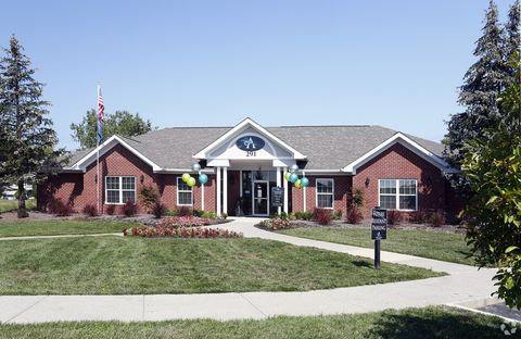 Photo of 291 Great Lakes Cir W, Avon, IN 46123