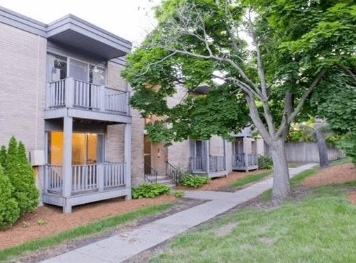 East Knolls Apartments